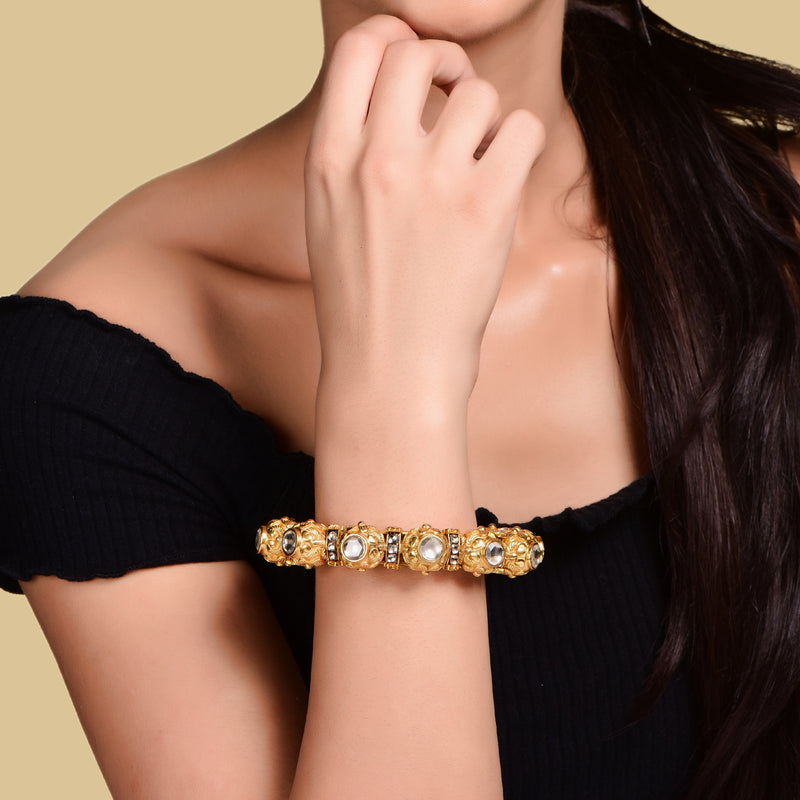 GOLD BLOSSOM BANGLE
