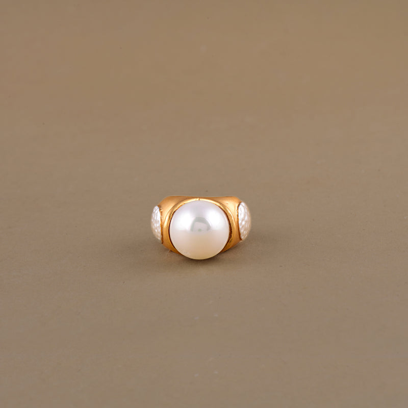 MUTED GOLD PEARL RING