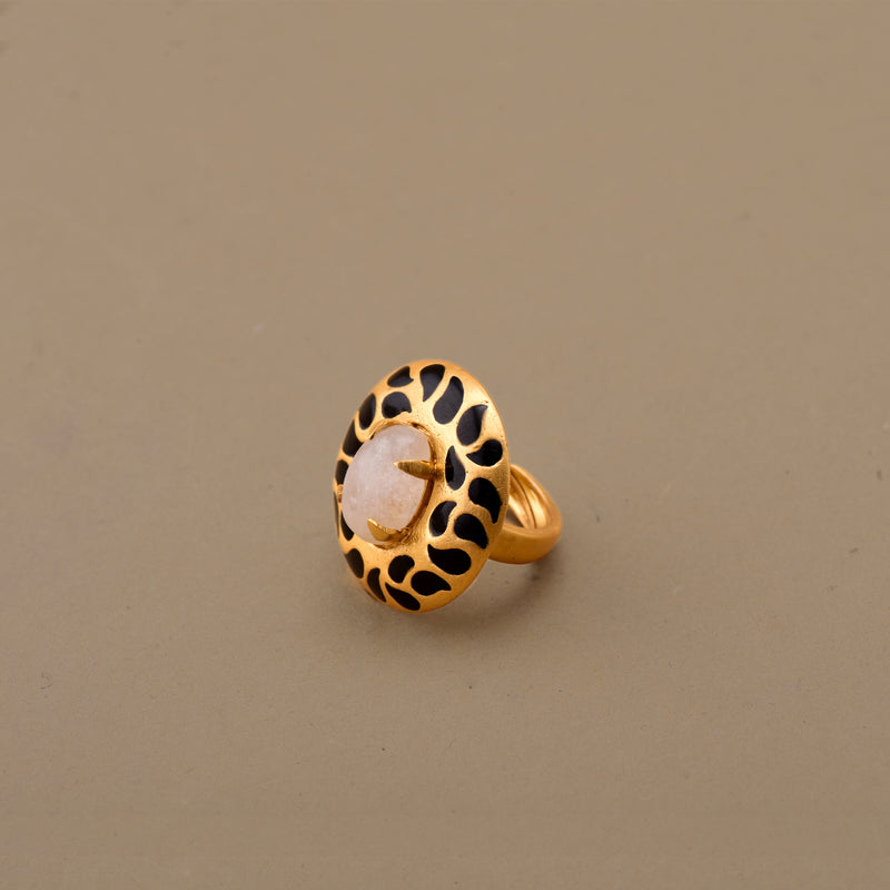 ENAMELLED DISC RING