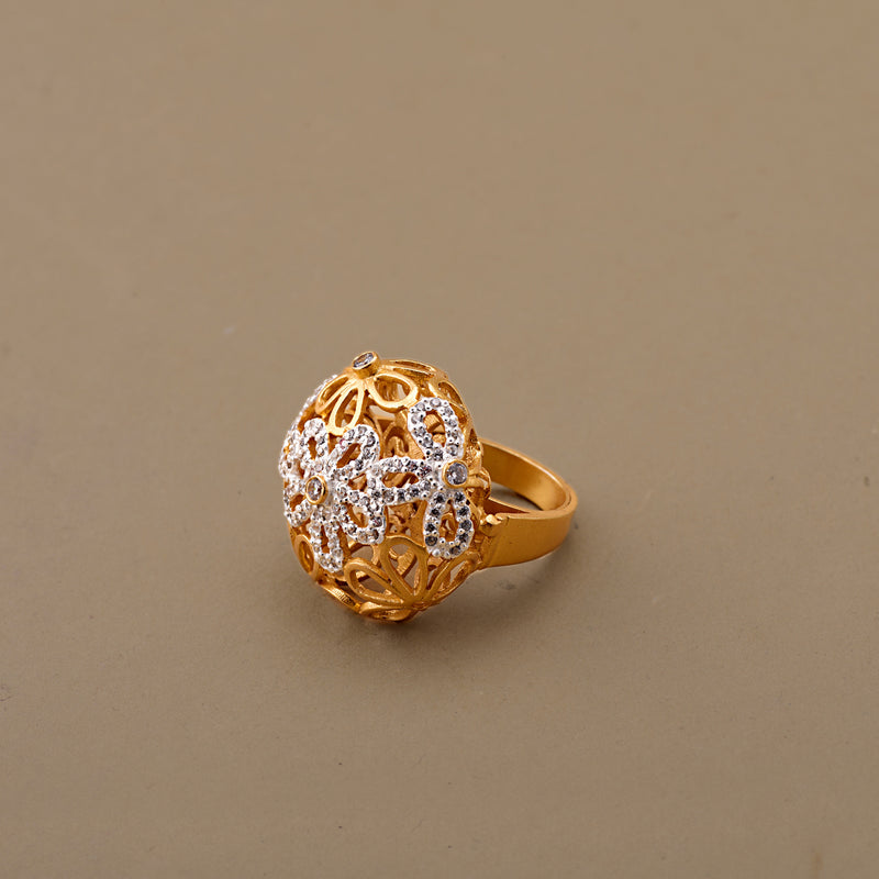 CUBIC ZIRCONIA FLOWER RING