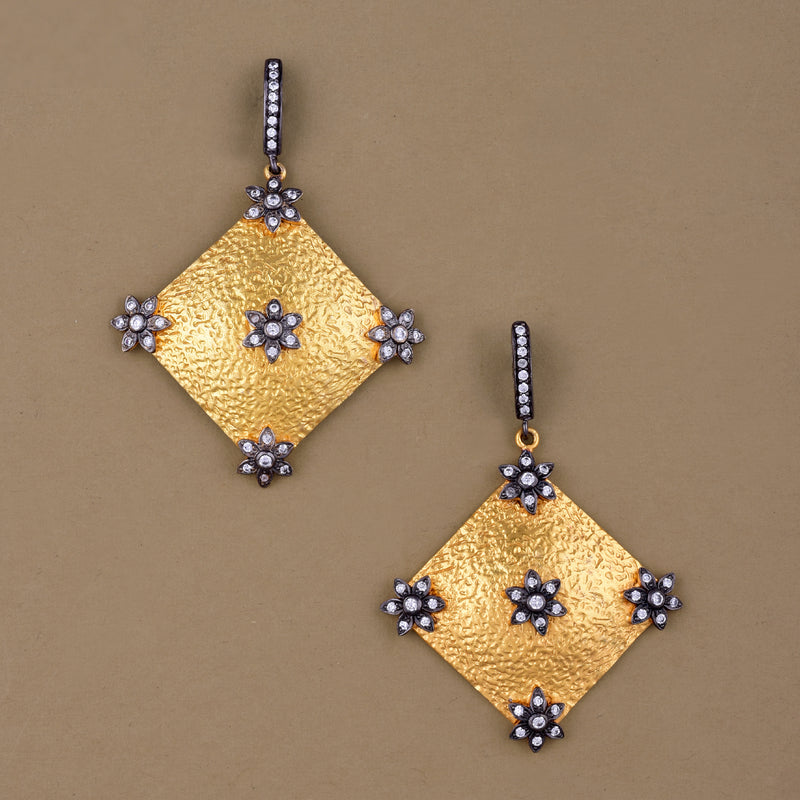 GILDED DIAMOND EARRING
