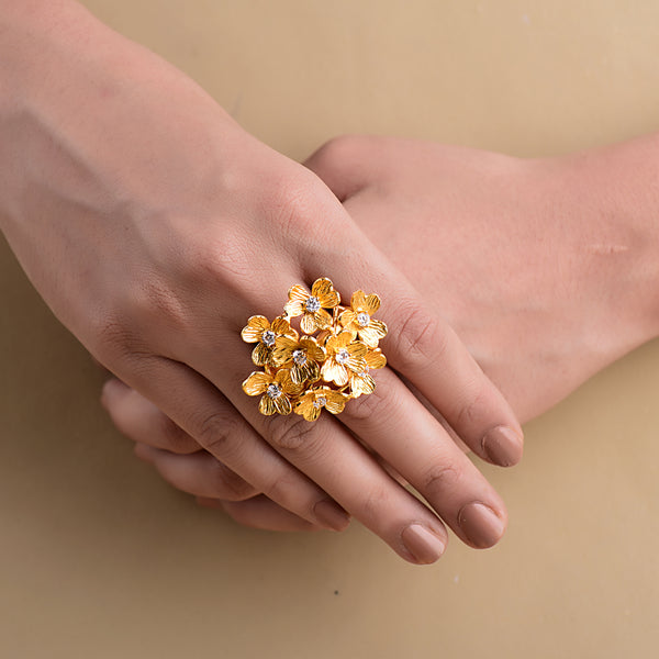 GILDED BOUQUET RING