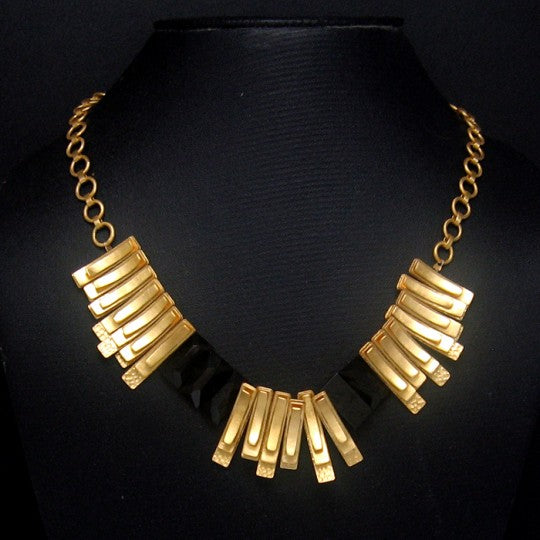 GOLDEN CLIP NECKLACE