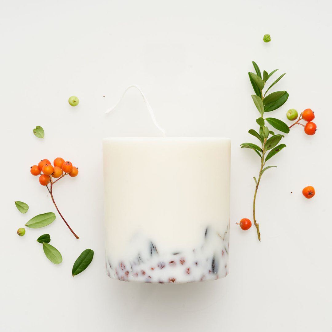 Ashberries & Bilberry leaves candle