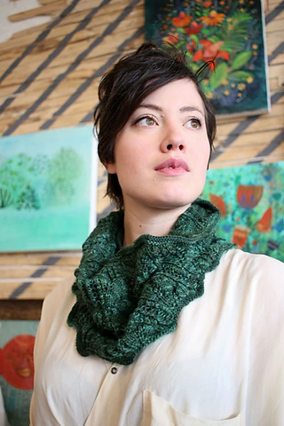 Donna cowl pattern