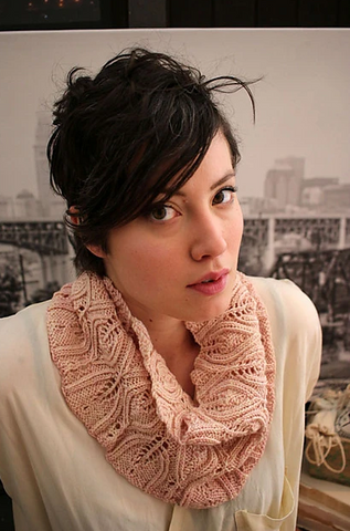 Lucy cowl pattern (PDF download)