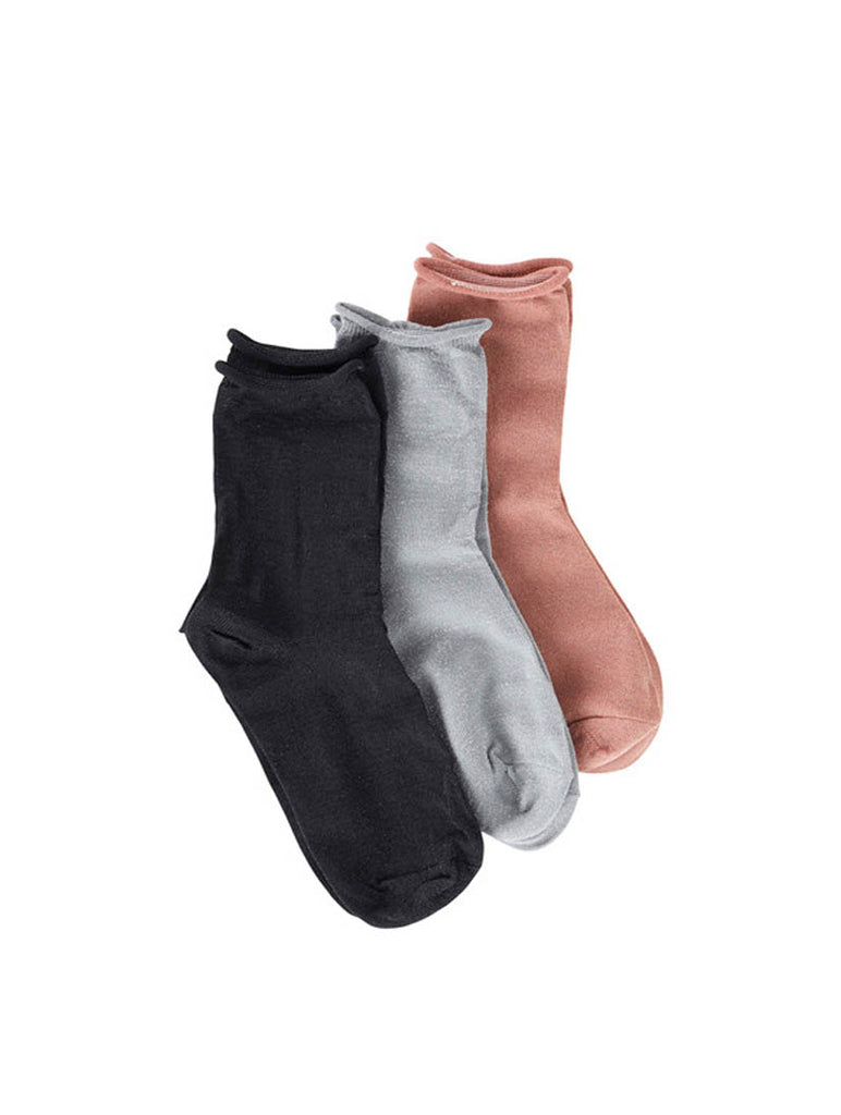 Mai Plain Socks