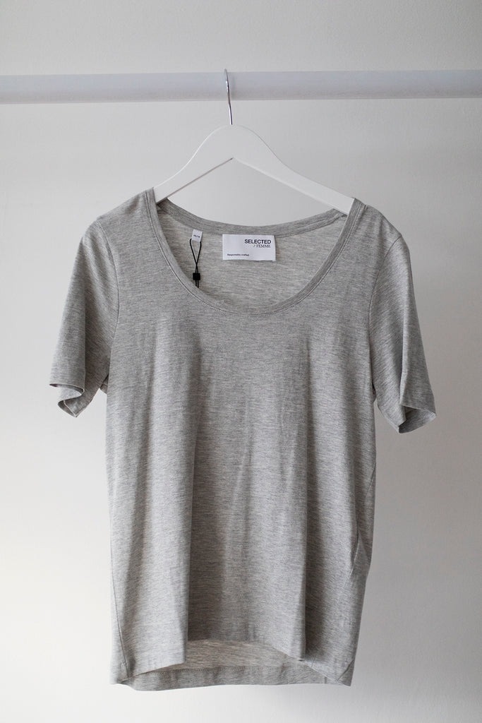 Standard SS Scoop Neck Light Grey