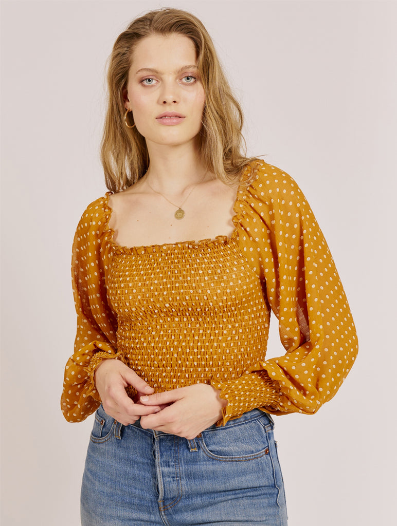 Bree Scattered Dot Elastic Body Top