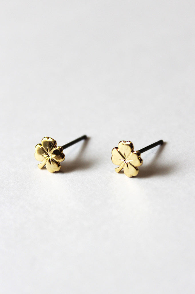Clover Stud Pale Gold Earrings