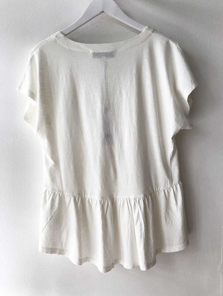 Frill Hem V-Neck Tee Off White