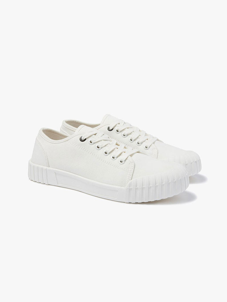 Bagger Low White Trainers