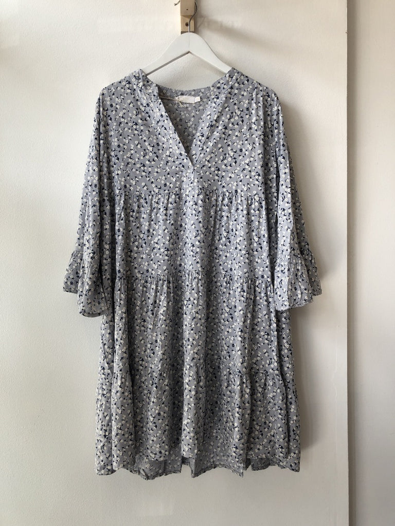 Grey Printed Floral Dress