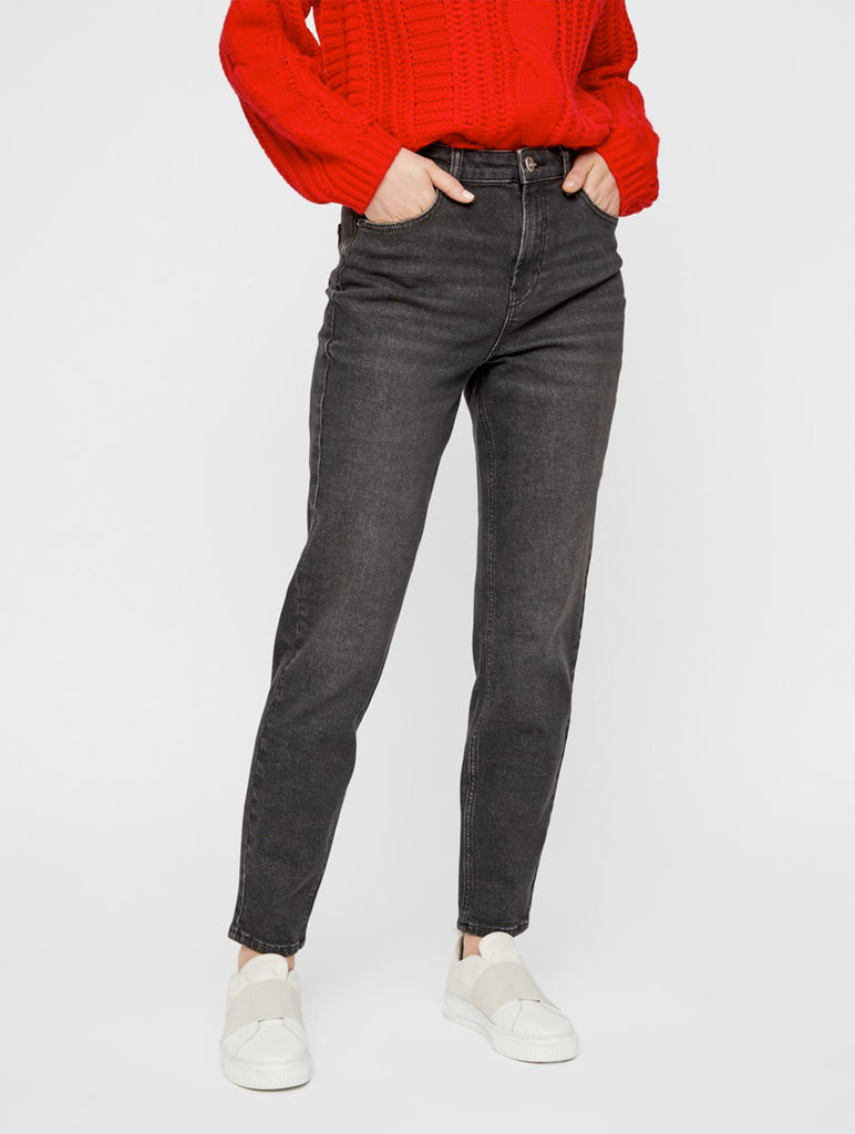 Leah Mom Jeans High Waisted