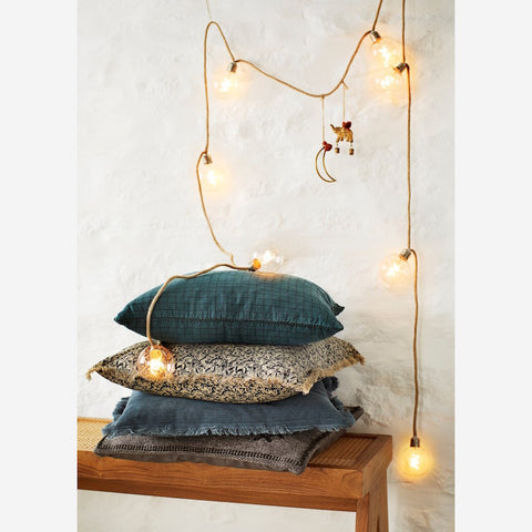 Indoor Wire Lights with Jute