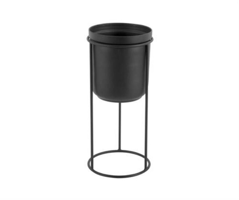 Plant Pot On Stand Iron Black