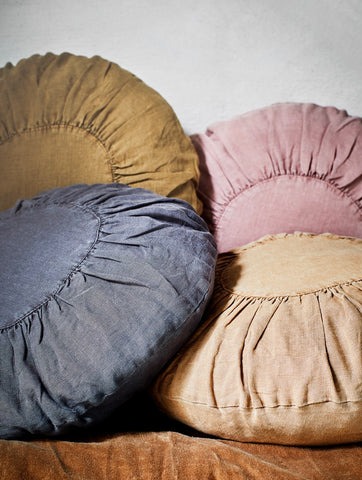 Round Linen Cushion Rose Stonewash