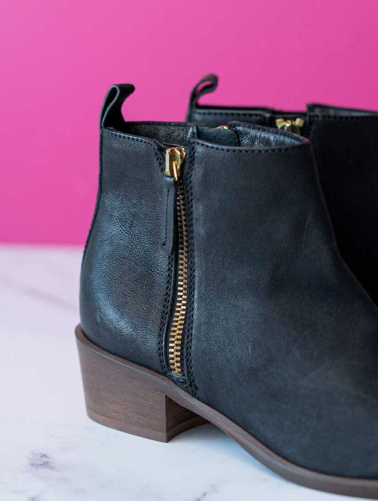 Saluki Ankle Boot Jet Black