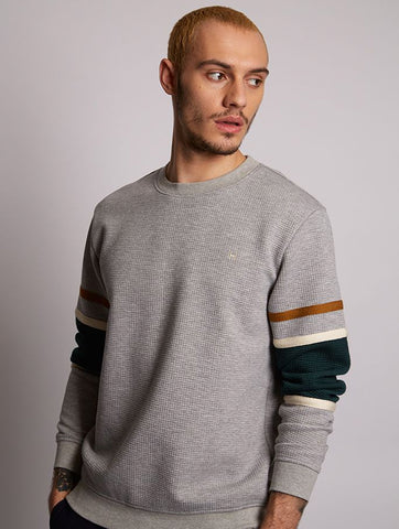 Travel Grey Quilted Sweat With Panel Sleeve