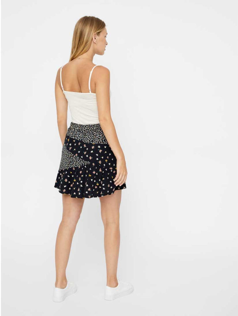 Vivi Floral Print Short Skirt Black