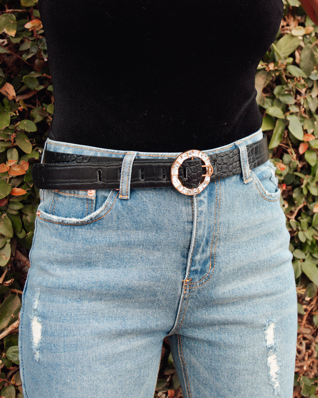 Round Diamond Buckle Alligator Belt