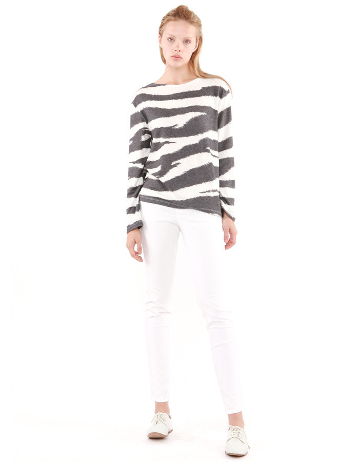 Andrea Long Sleeve Zebra<br><font color=red><STRIKE>USD $108.00</strike></font>