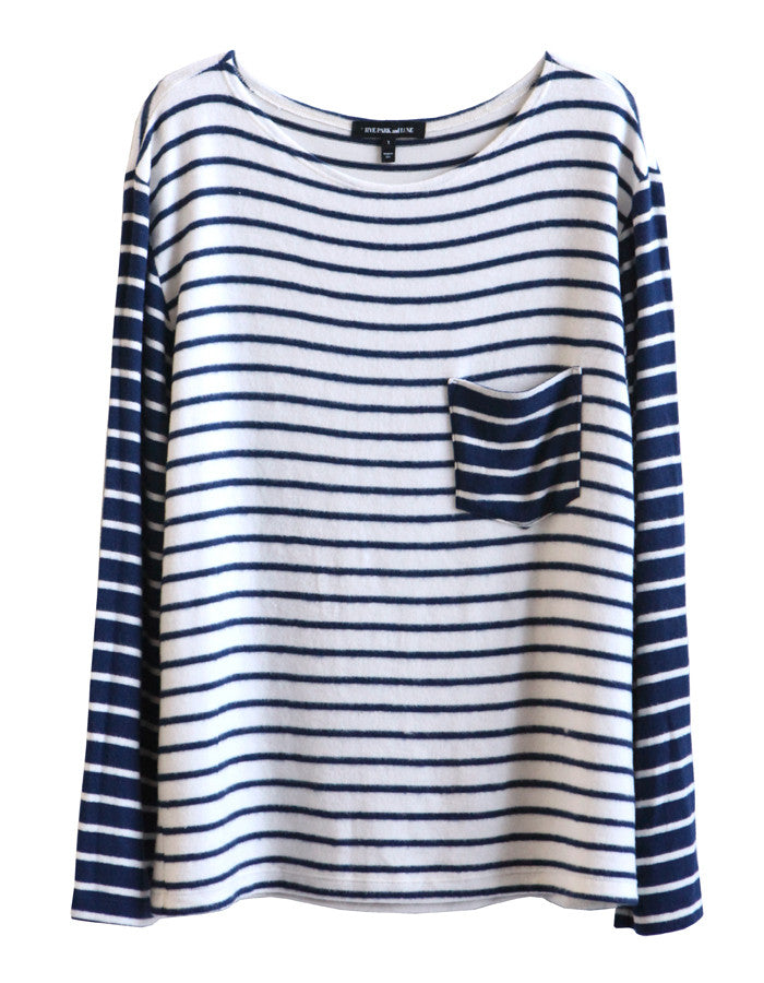 Pluto Long Sleeve White/Navy<br><font color=red><STRIKE>USD $84.00</strike></font>