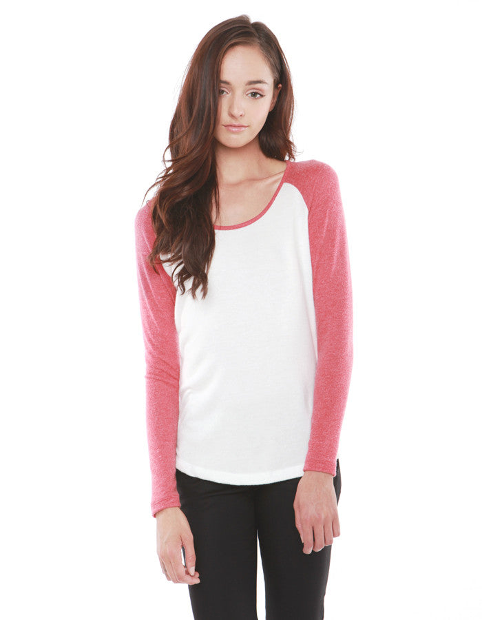 Crescent Raglan Tee Red<br><font color=red><STRIKE>USD $73.00</strike></font>