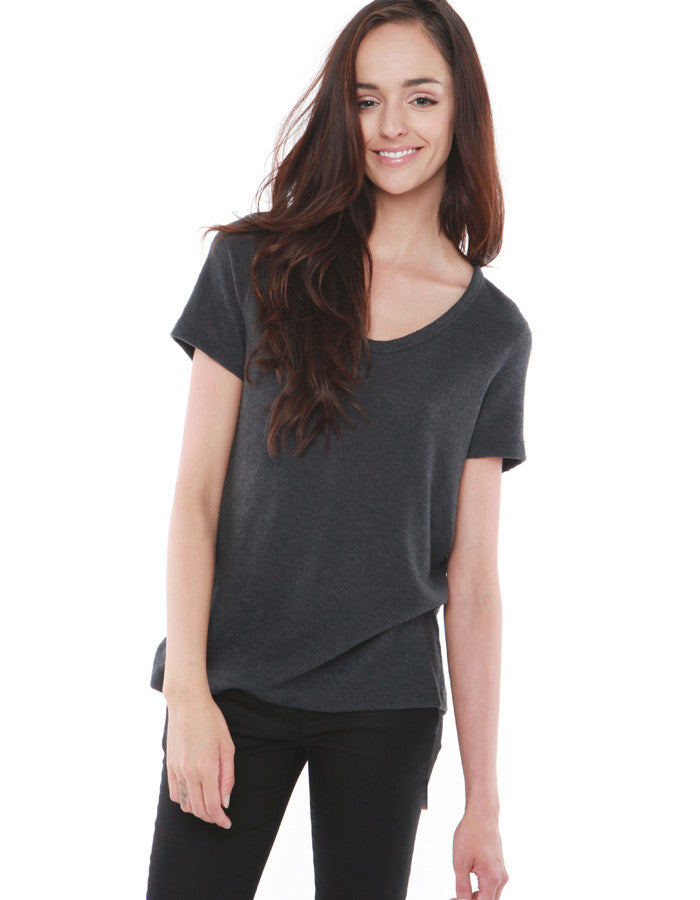 Saturn Short Sleeve Charcoal Black<br><font color=red><STRIKE>USD $64.00</strike></font>