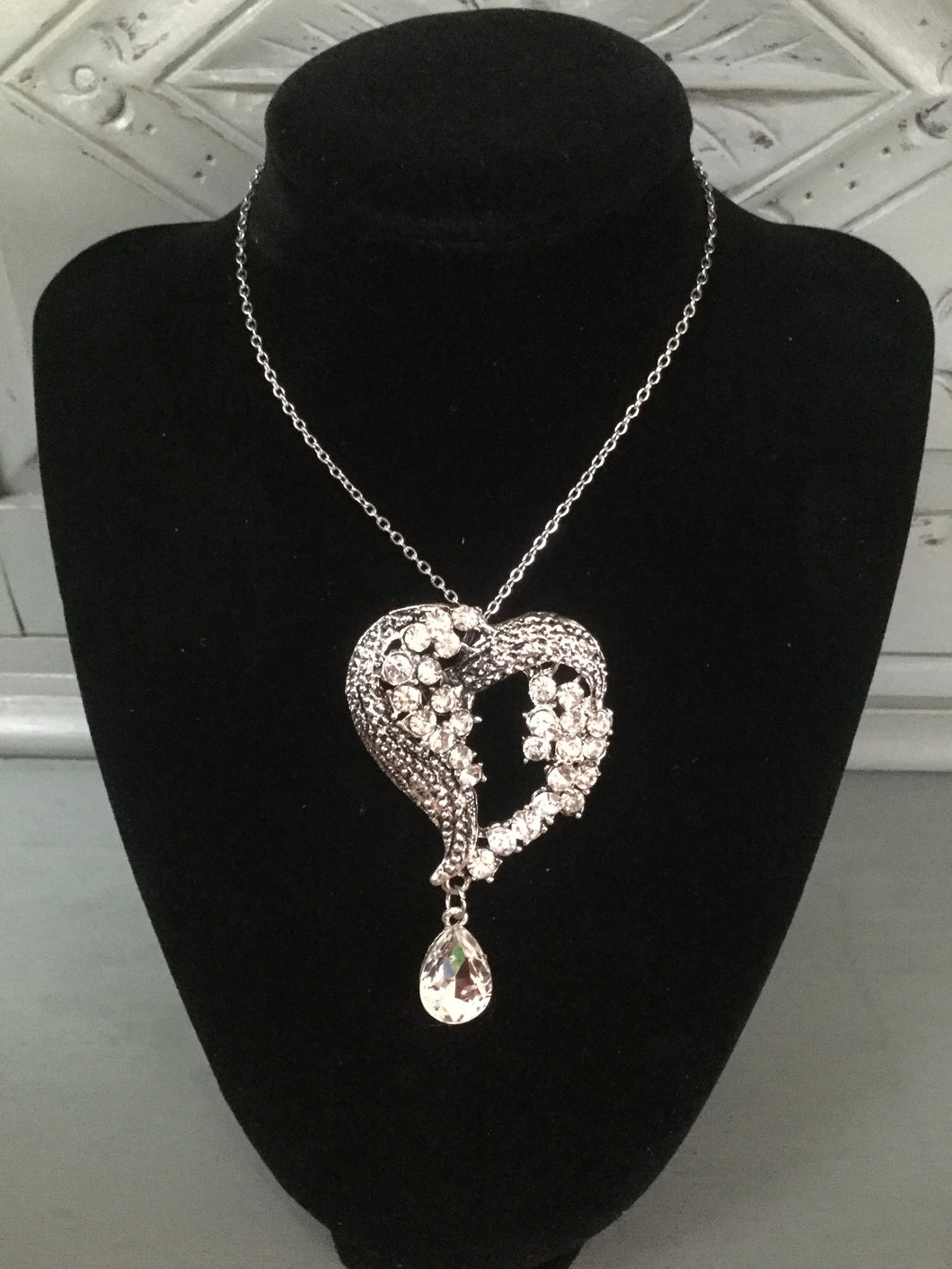Diamanté Heart & Droplet Necklace