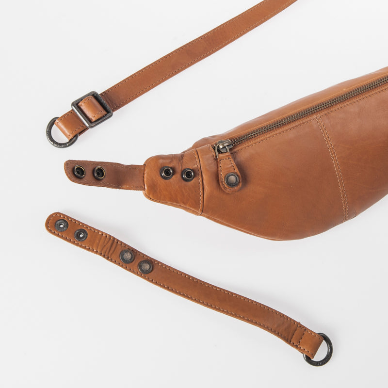 Tamarillo Belt Bag in Cognac