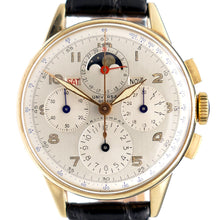 Load image into Gallery viewer, Universal Geneve 52202 Tri-Compax 14K Solid Gold Moonphase Chronograph