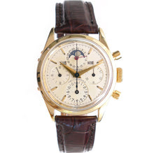 Load image into Gallery viewer, Universal Geneve Tri-Compax 522100/1 14K Solid Gold Chronongraph