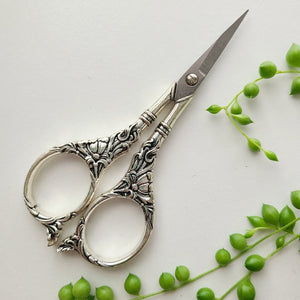 Ornate Vintage Scissors - Silver