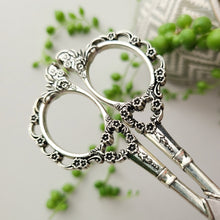 Load image into Gallery viewer, Vintage Floral Scissors - Silver
