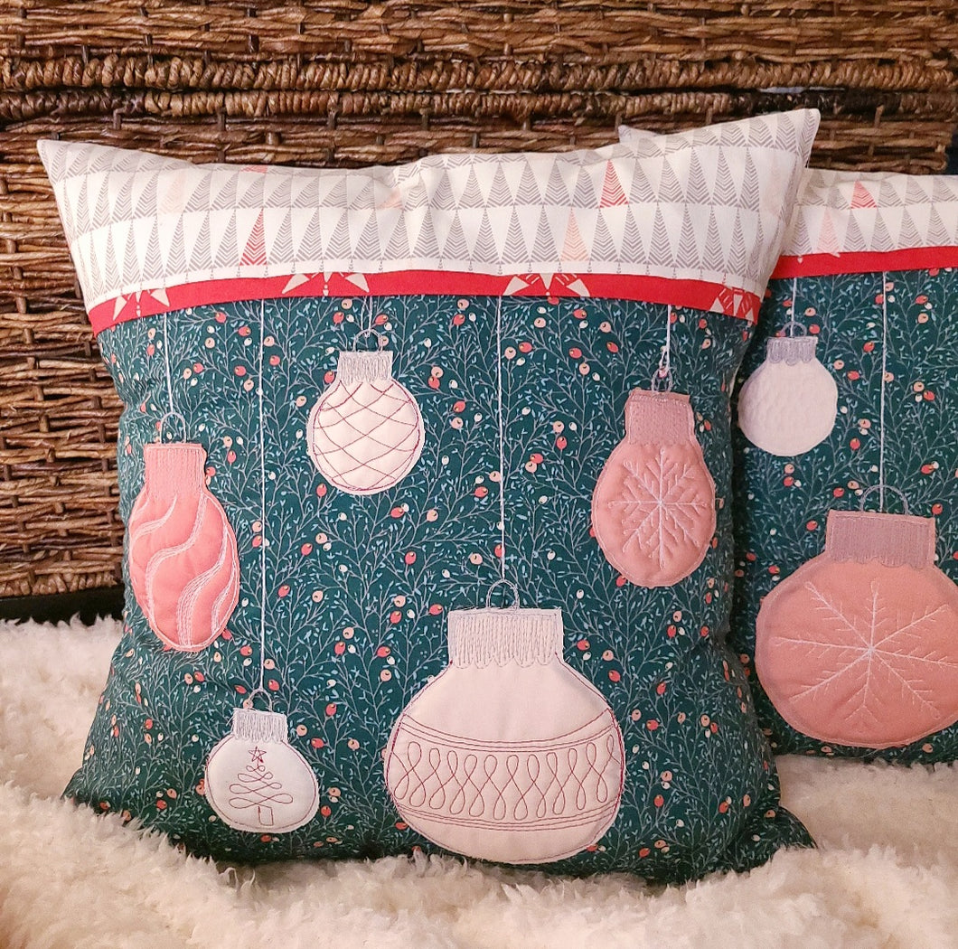 Jolly Holiday Pillow Kit - Two 17