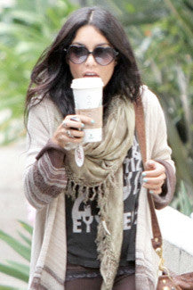 Vanessa wearing Boho Tusk Necklace in Ivory