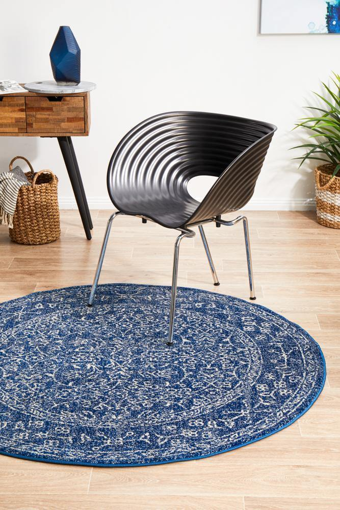 Evoke Artist Navy Transitional Round Rug - Housethings
