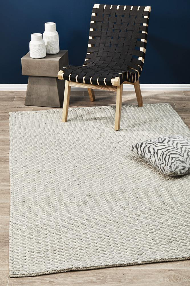 Studio Helena Woven Wool Rug Grey White - Housethings