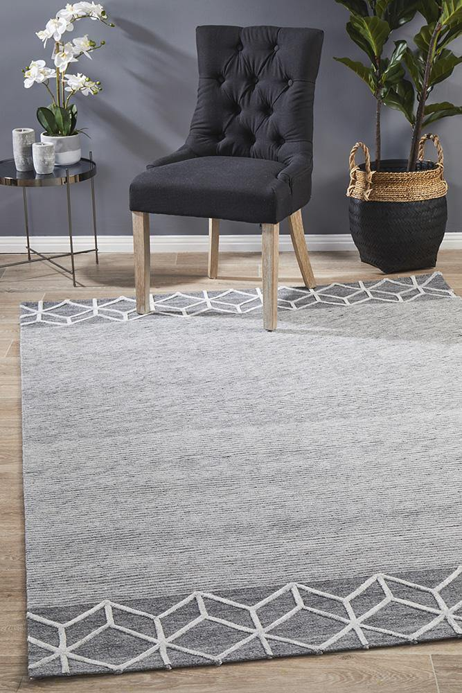 Mali Grey Heartbeat Rug - Housethings