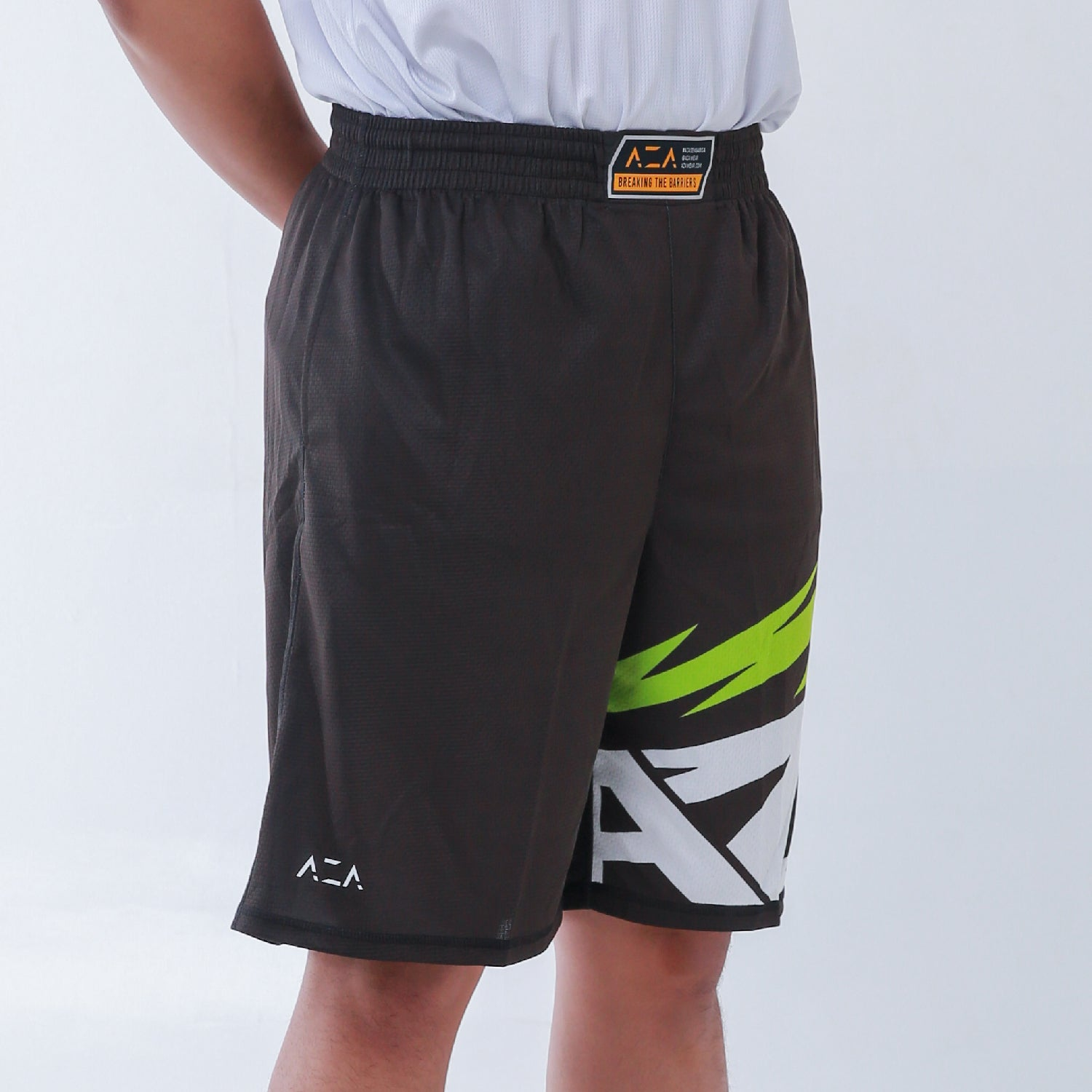 AZA Manga Strike Short - Black/Green
