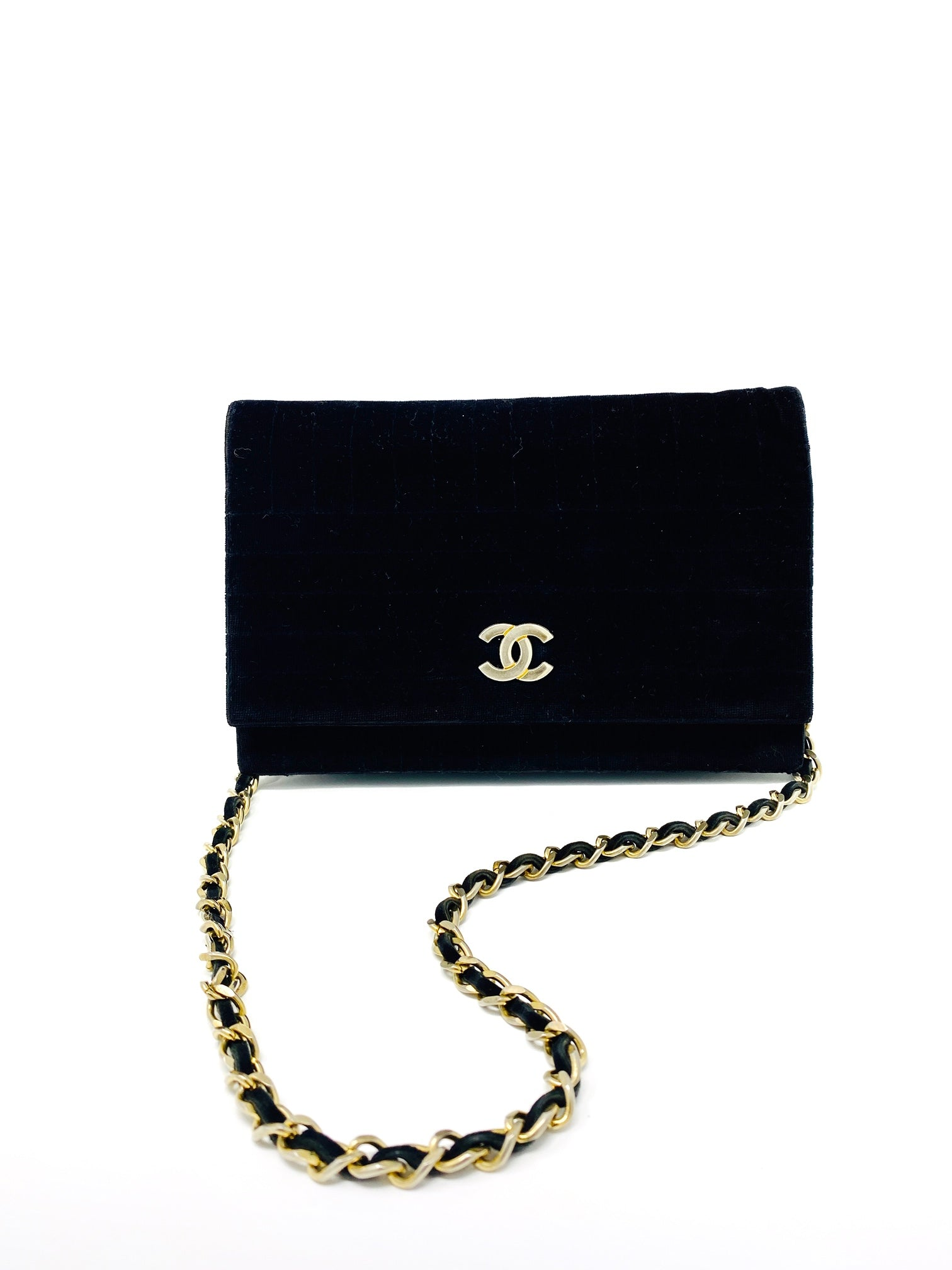 chanel velvet bag in black by maison vivienne