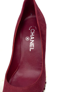 chanel wedges, burgundy and black leather, with chain, size 38.