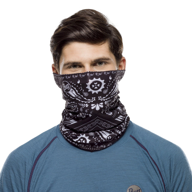 Buff scarf and face covering