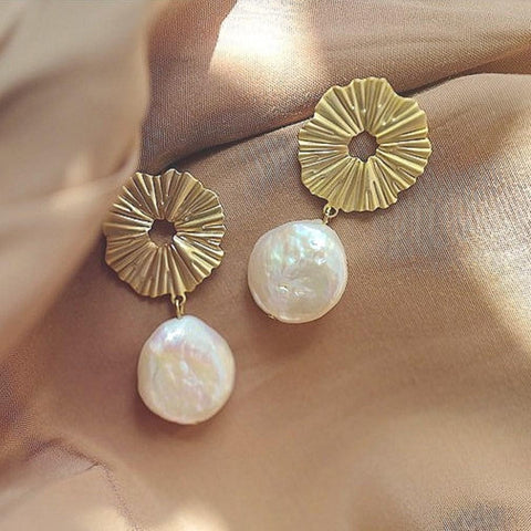 The Sol Pearl Collection of unique pearl and gold earrings from Sol-de-Miel Everyday Fine Jewelry