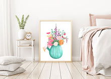 Load image into Gallery viewer, Flower Bouquet in Glass Vase