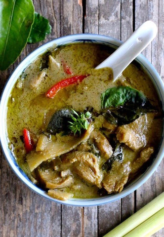THAI GREEN CHICKEN CURRY WITH STEAMED RICE ($11PP)