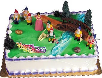 Snow White & the 7 Dwarves Topper Cake Kit