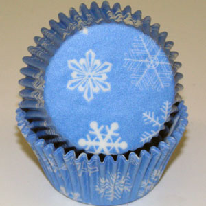 Standard Size Sky Blue w/ Snowflakes Baking Cups / Cupcake Liners - 500 count