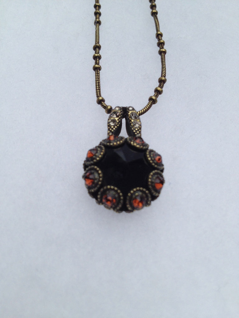 Topaz and Black Onyx Antique Gold Pendant Solitaire Necklace